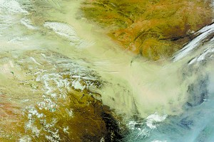 Dust storms in the Gobi Desert (as seen from space) highlight the need for China's Great Green Wall. Credit: NASA