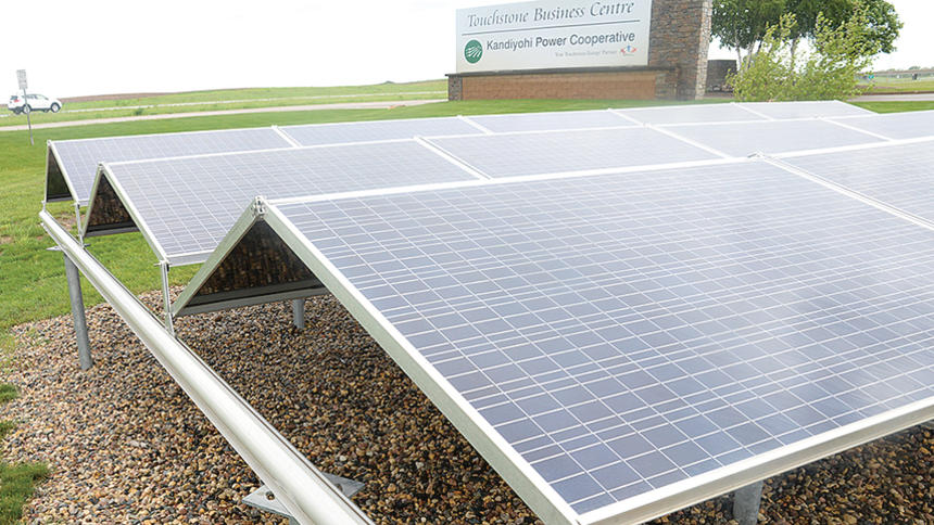 Kandiyohi Power Cooperative solar garden in Minnesota. Photo by Rand Middleton / Tribune.