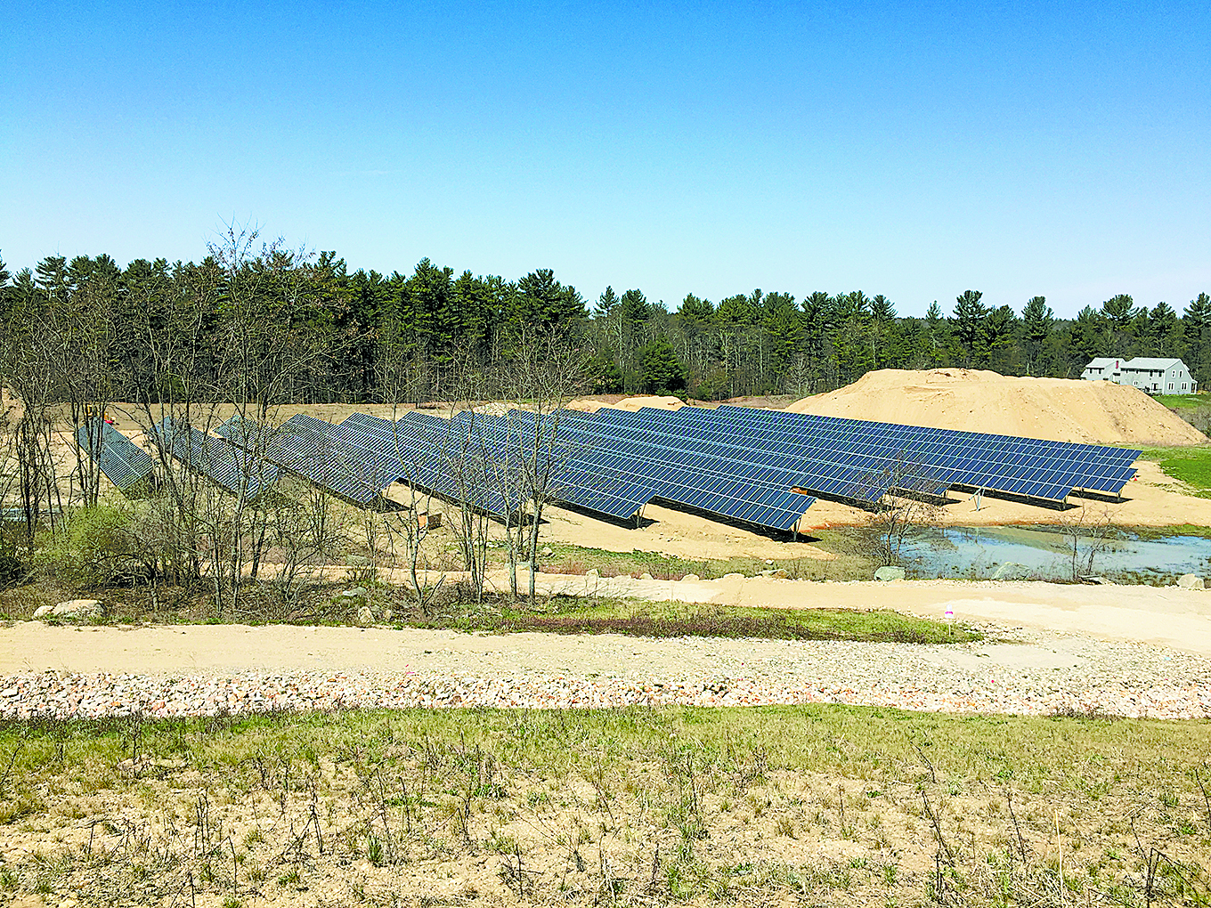 Oyster River Forest 651kW Municipal Solar Array in Durham, NH. Photo from Revision Energy