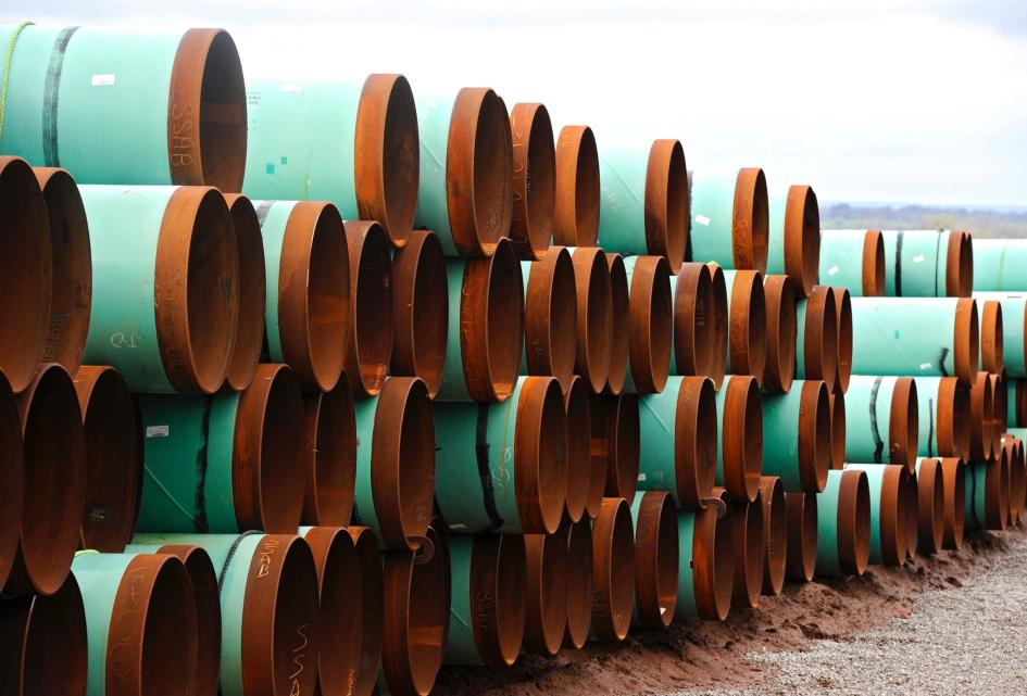 Pipes near Cushing, Oklahoma (Photo: Larry W Smith, EPA)