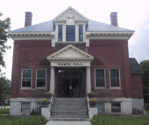 Damon Hall, Hartland, VT is home to the town offices. Photo: Wikimedia Commons