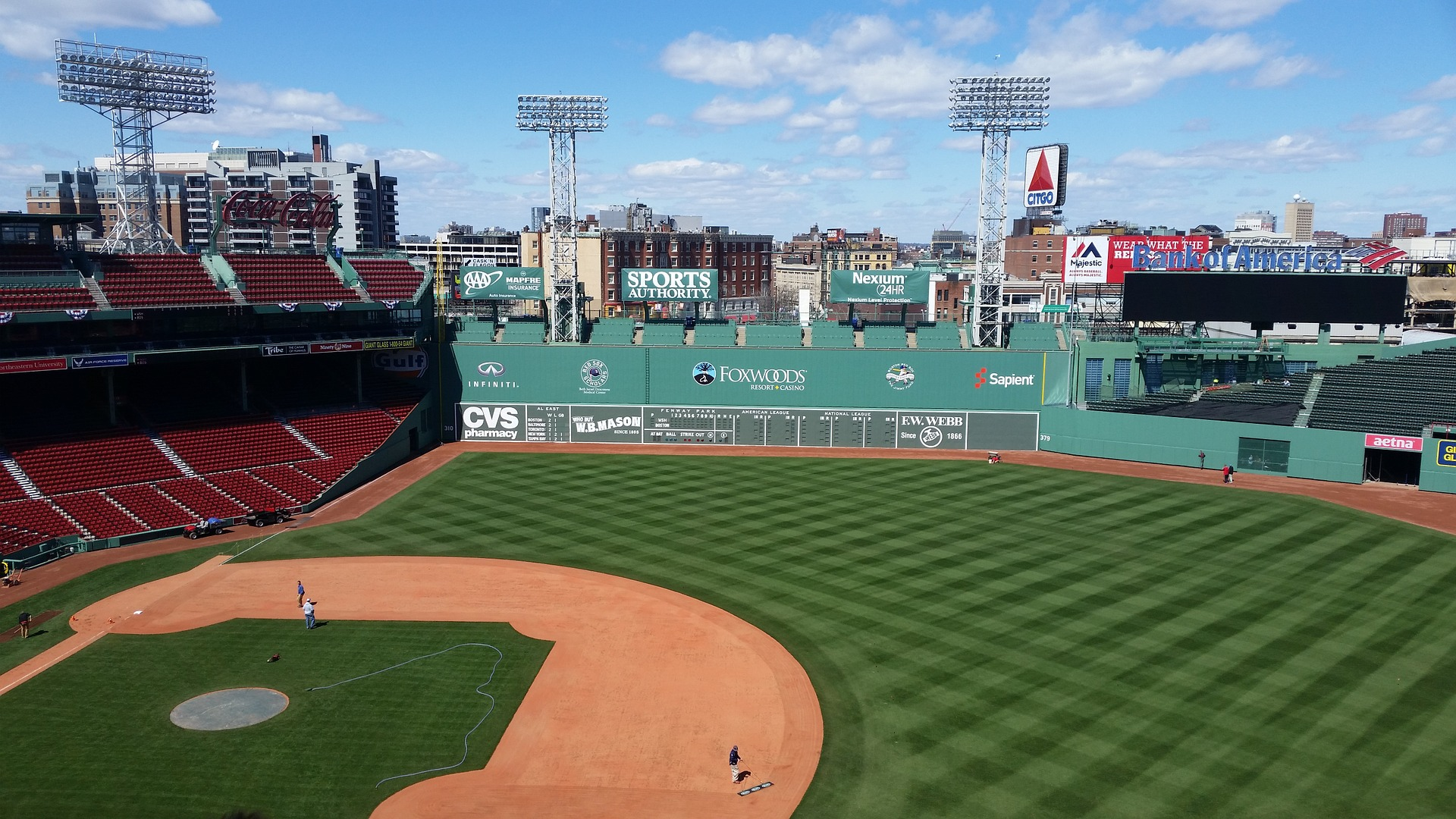 "The famous ""Green Monster"" at Fenway Park in Boston, Pixabay.com user. Map: Ben Blatt/Harvard Sports Analysis Collective"