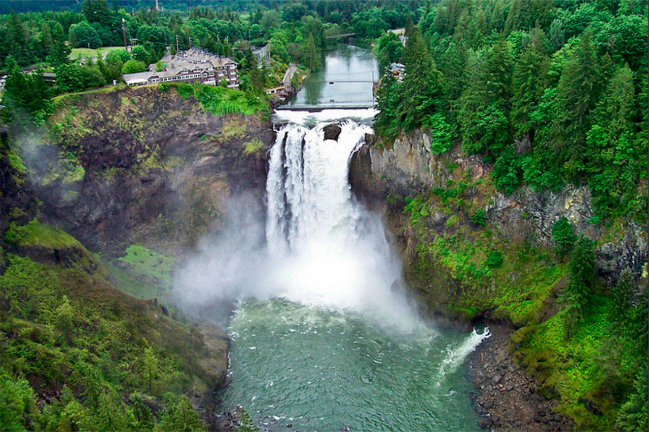 Snoqualmie Falls plant, built in 1898 (Photo: Puget Sound Energy)