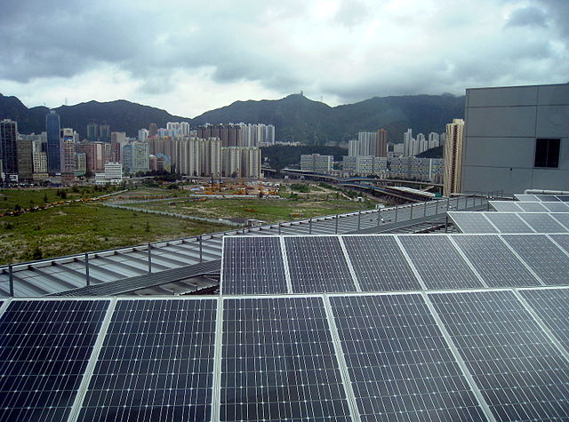 PVs in China (Image: Wikimedia Commons | WiNG)
