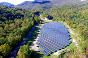 The Town of Stowe and Village of Hyde Park's 1.4MW solar farm is expected to produce approximately 1,568,000kWh of electricity per year. Photo: Encore Renewable Energy.
