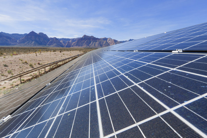 Solar in the Golden State (Photo: Shutterstock)