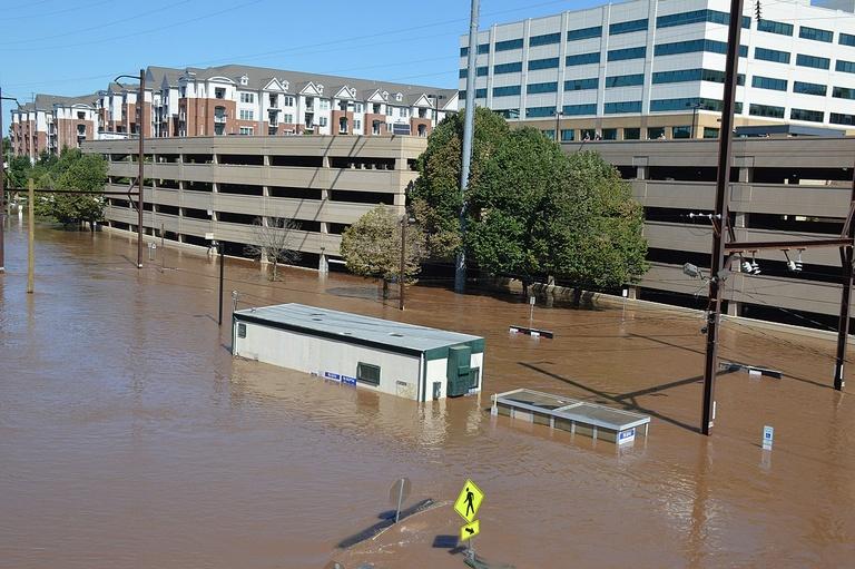 Flooding-from-Ida-in-Pennsylvania-Michael-M-Stokes-CC-BY-SA-2.0.jpg